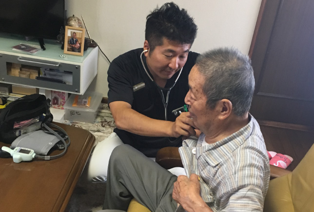 やまだホームケアクリニック院長 山田 毅